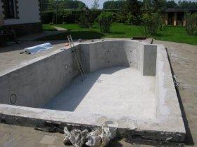 Как изготовить чашу для бассейна на даче?