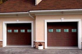 Секционные ворота: популярная конструкция для любых нужд